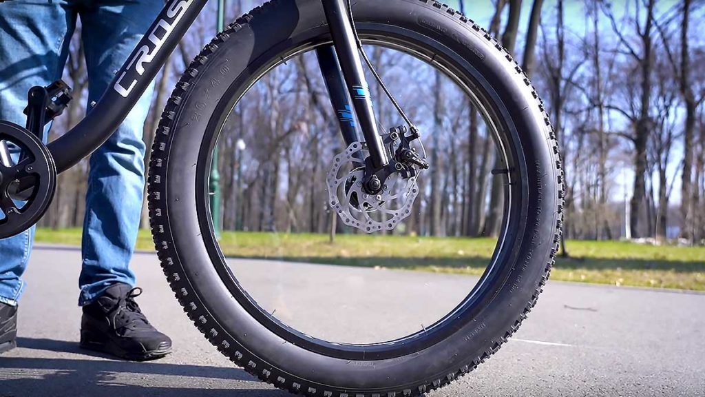 Bicycle with Custom Spoke-less Wheels