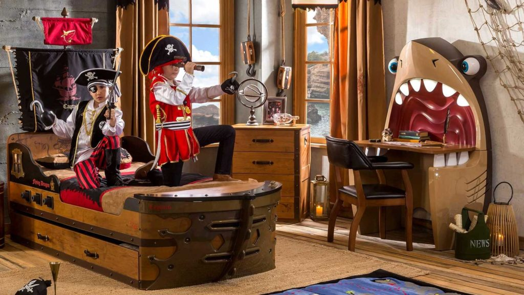 Cilek Kids Room Pirate Shark Desk