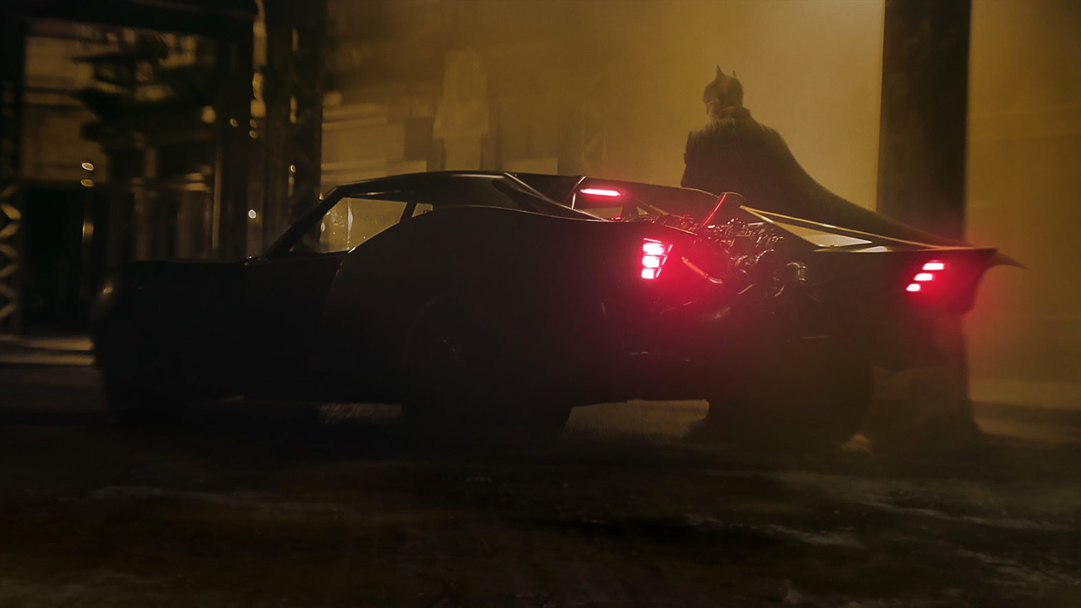 First Images of Robert Pattinson's Batmobile