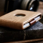 IPPINKA Wood Wallets Are Super Stylish, But It Can Stash Just Ten Cards