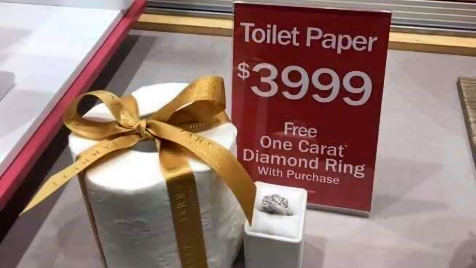 Jared Jewelers Las Vegas $4000 Toilet Paper