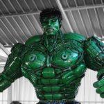 Thai Artist Created An Incredible <em>Hulk</em> Sculpture Out Of Auto Scrap Parts
