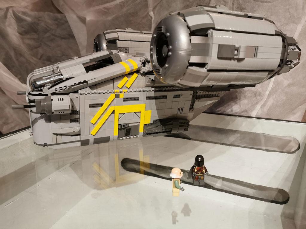 Papaglop LEGO MOC The Mandalorian Razor Crest