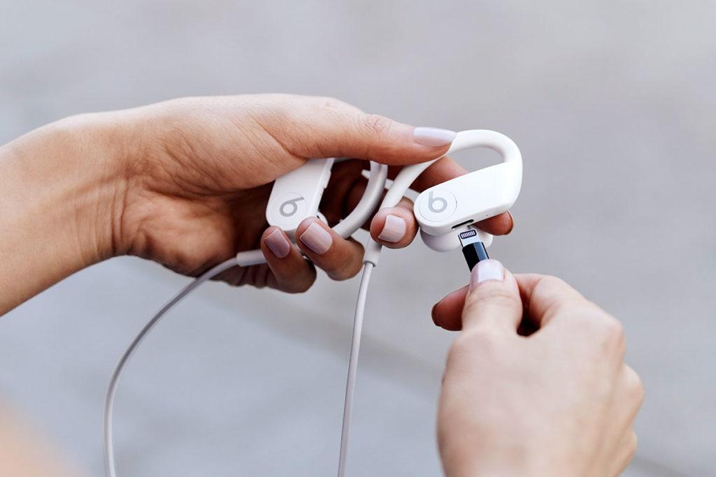 Powerbeats Wireless Earphones by Beats