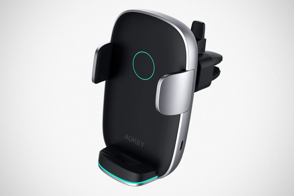 Aukey HD-C52 Wireless Charging Phone Mount