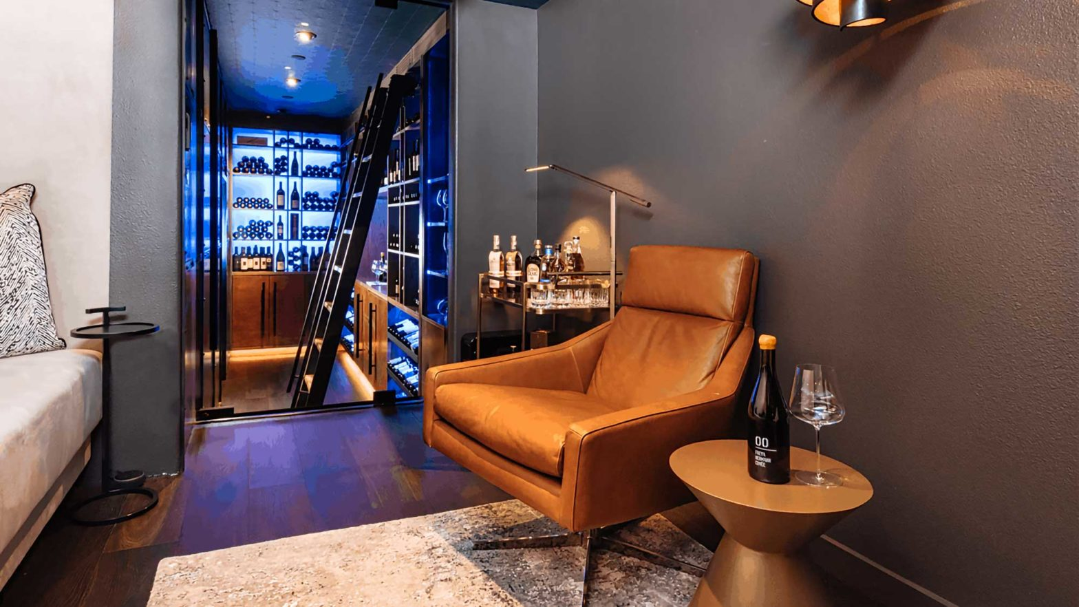 Eagle Point Wine Cellar & Lounge