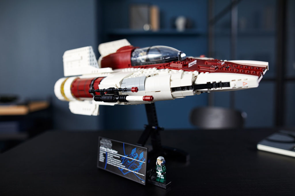 LEGO 75275 UCS Star Wars A-Wing Starfighter