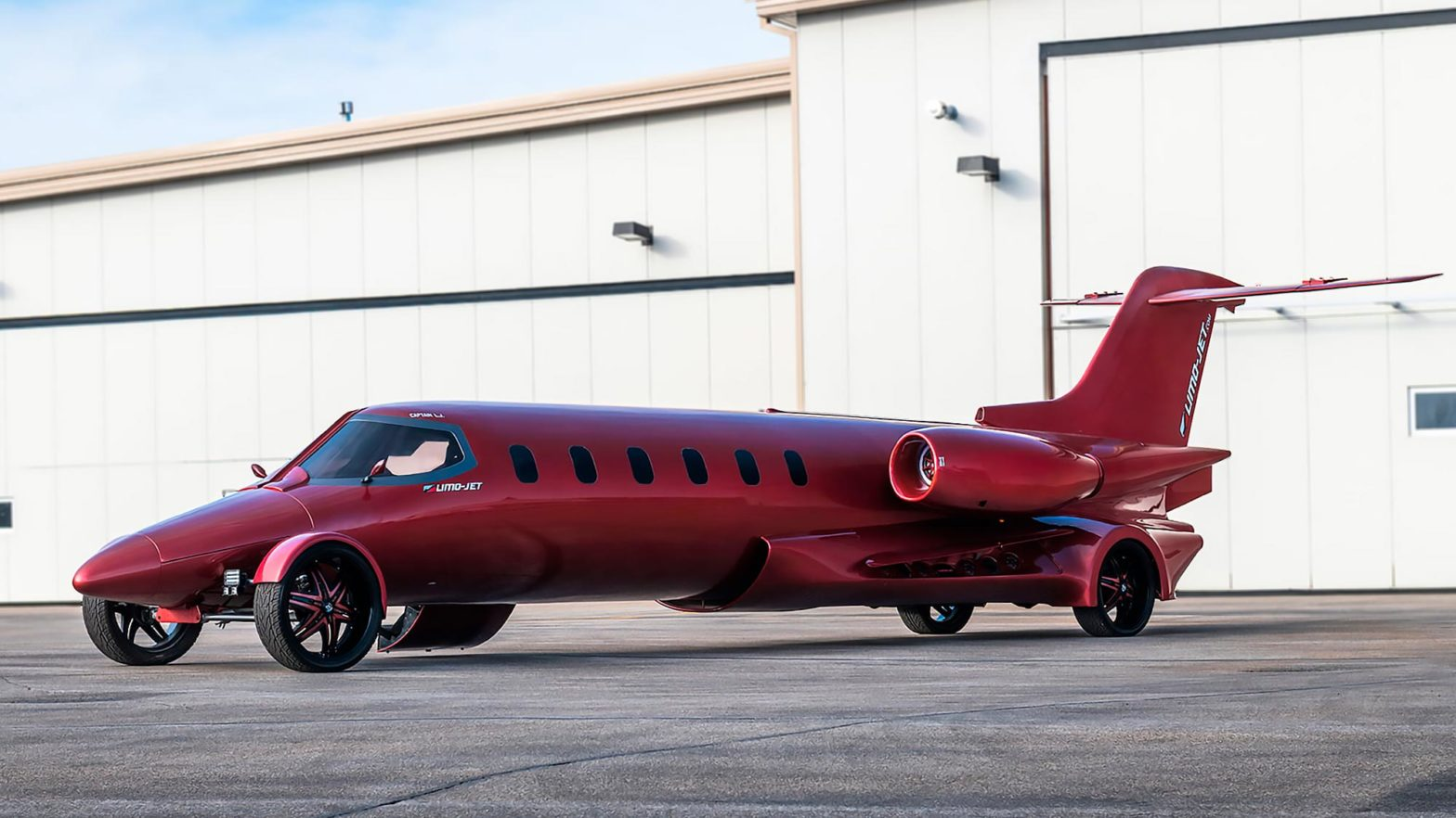 Limo-Jet 42' Lear Jet Learmousine Concept Auction
