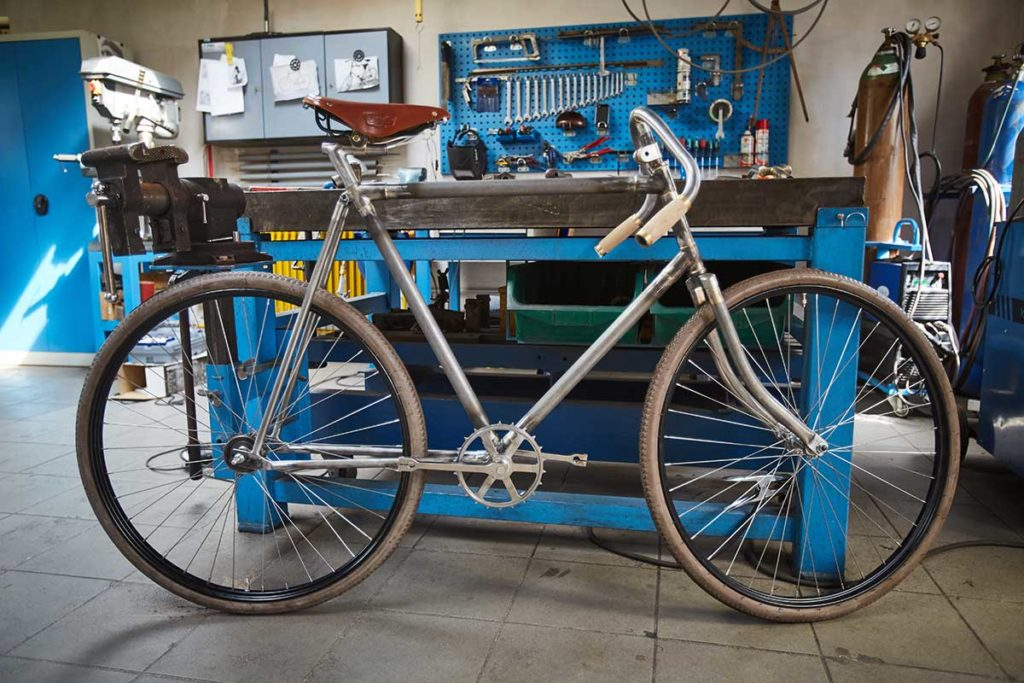 Replica of 120-year-old Slavia Bicycle