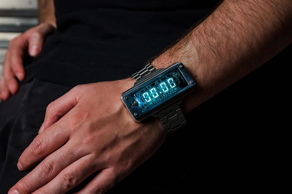 Nixie Tube Watch with VFD Technology