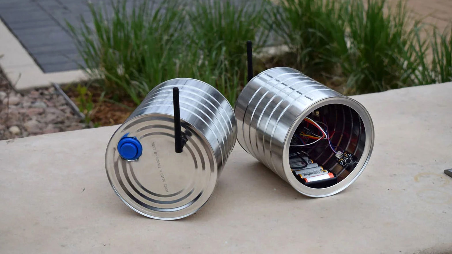 DIY Wireless Tin Can Telephone