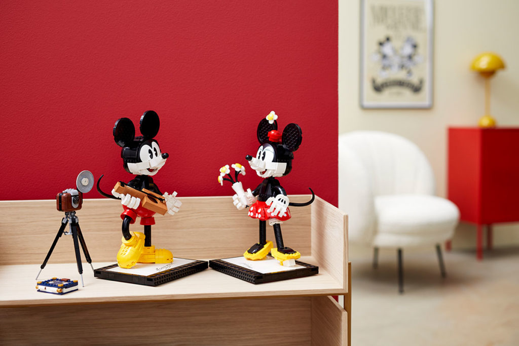LEGO 43179 Disney Mickey Mouse and Minnie Mouse