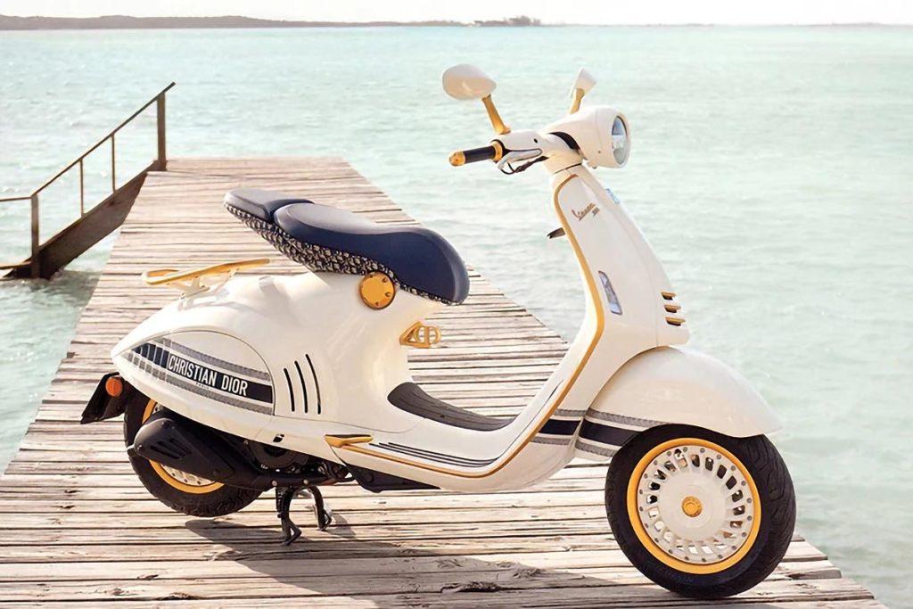 Vespa 946 Christian Dior Scooter