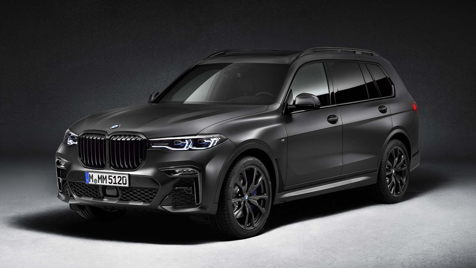 BMW X7 Dark Shadow Edition SUV