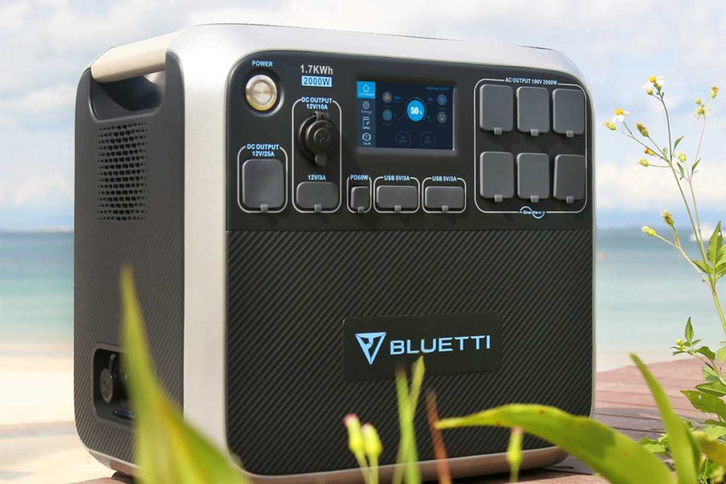 Bluetti AC200 Portable Power Station