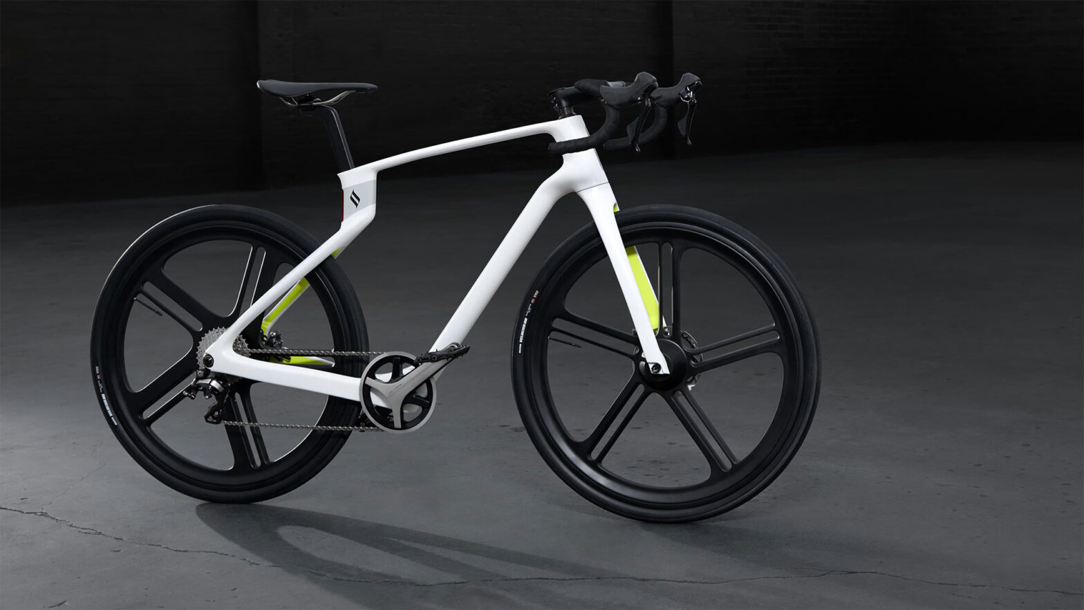 Superstrata 3D Printed Unibody Carbon Fiber Composite Bike