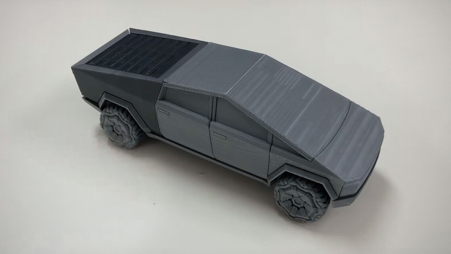 3D Printed Foldable Tesla Cybertruck Model