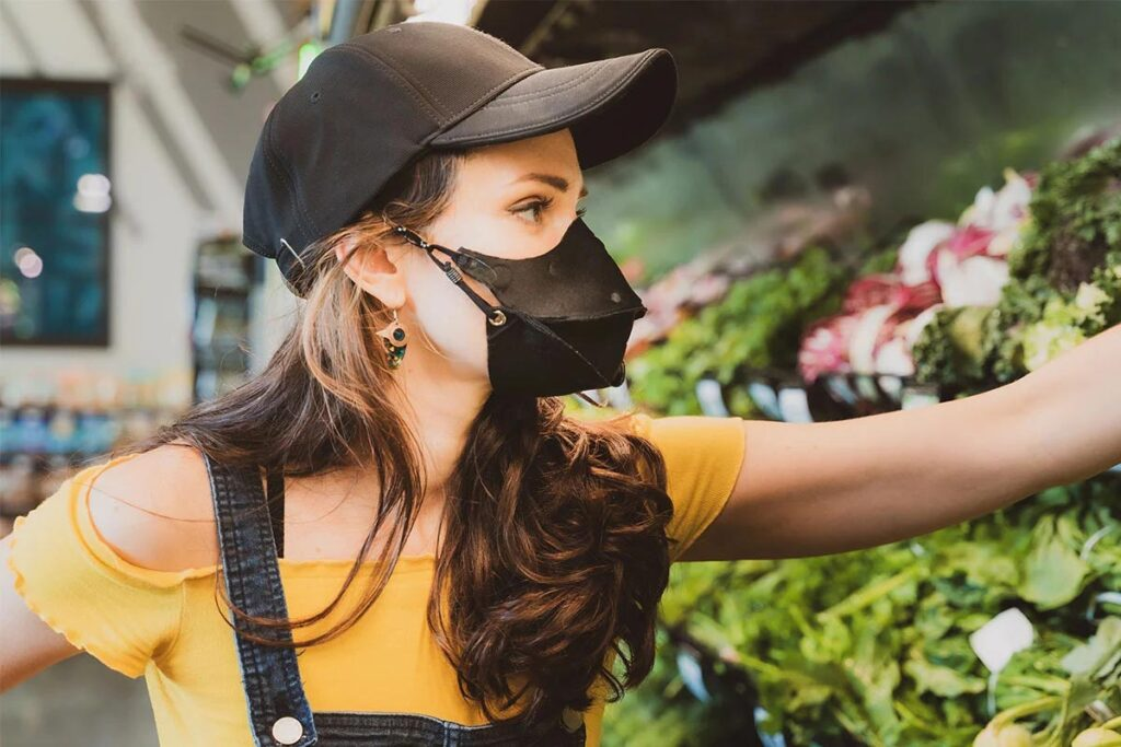 HideaMask Baseball Cap with Integrated Face Mask