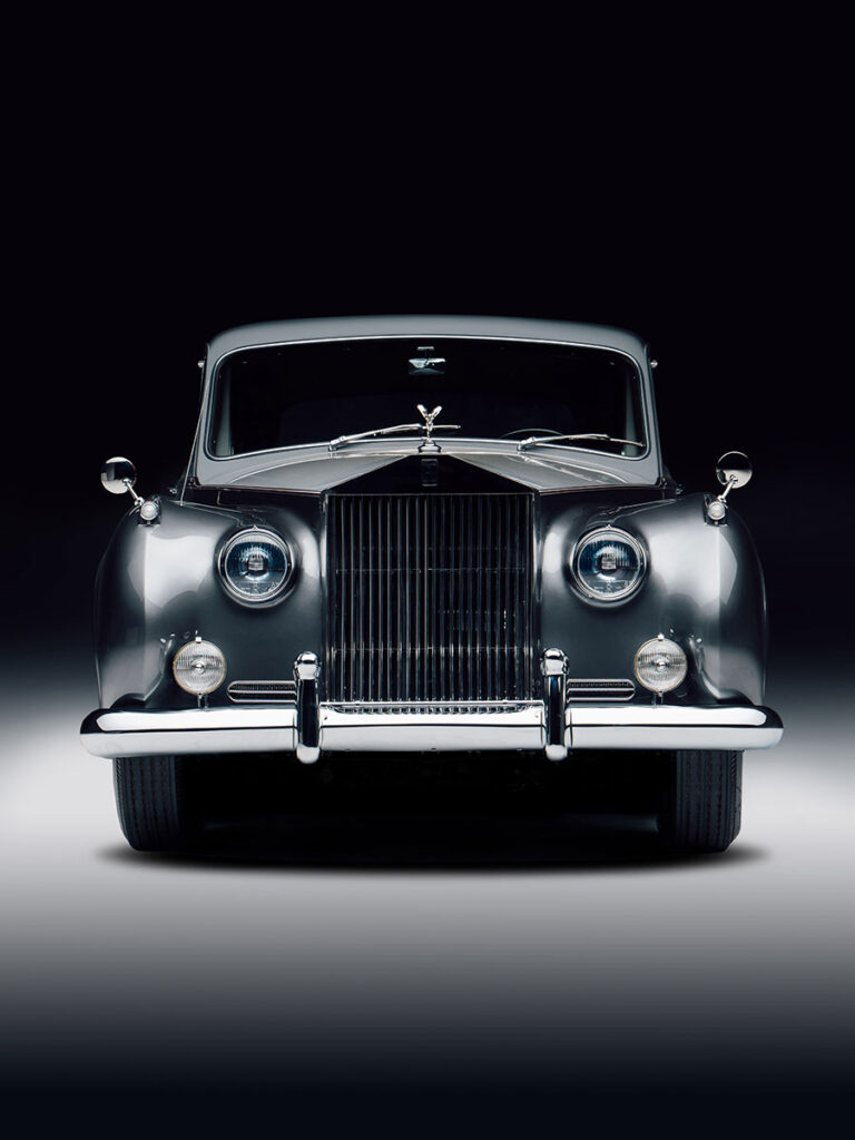 Electric Classic Rolls-Royce Cars by Lunaz