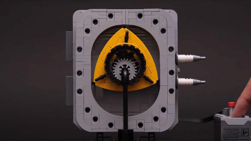 LEGO Rotary Engine Motorized Model