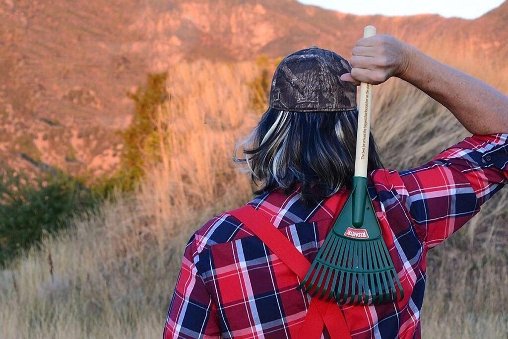 Redneck Backscratcher Garden Rake Backscratcher