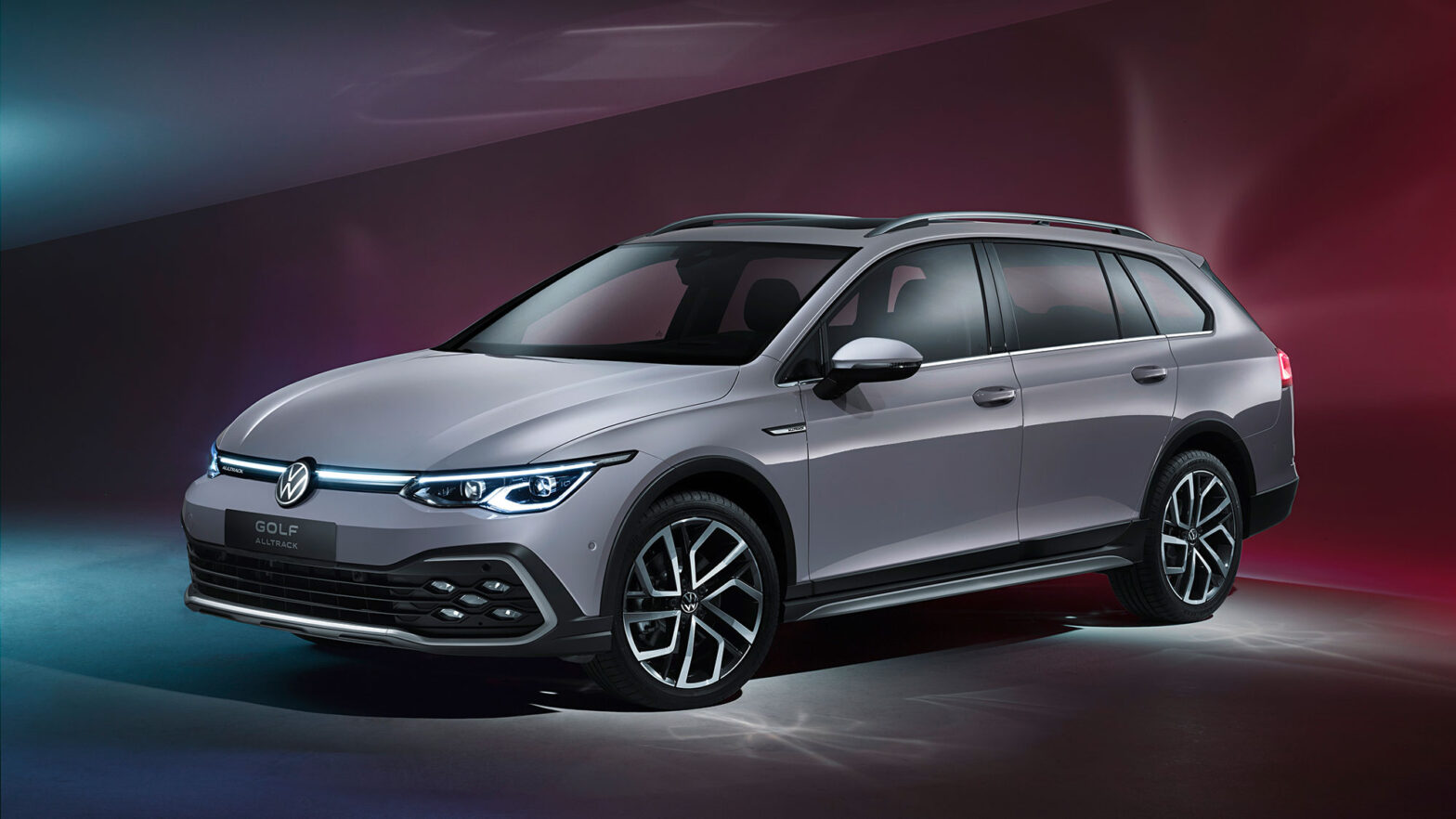 2021 Volkswagen Golf Variant and Golf Alltrack Station Wagon
