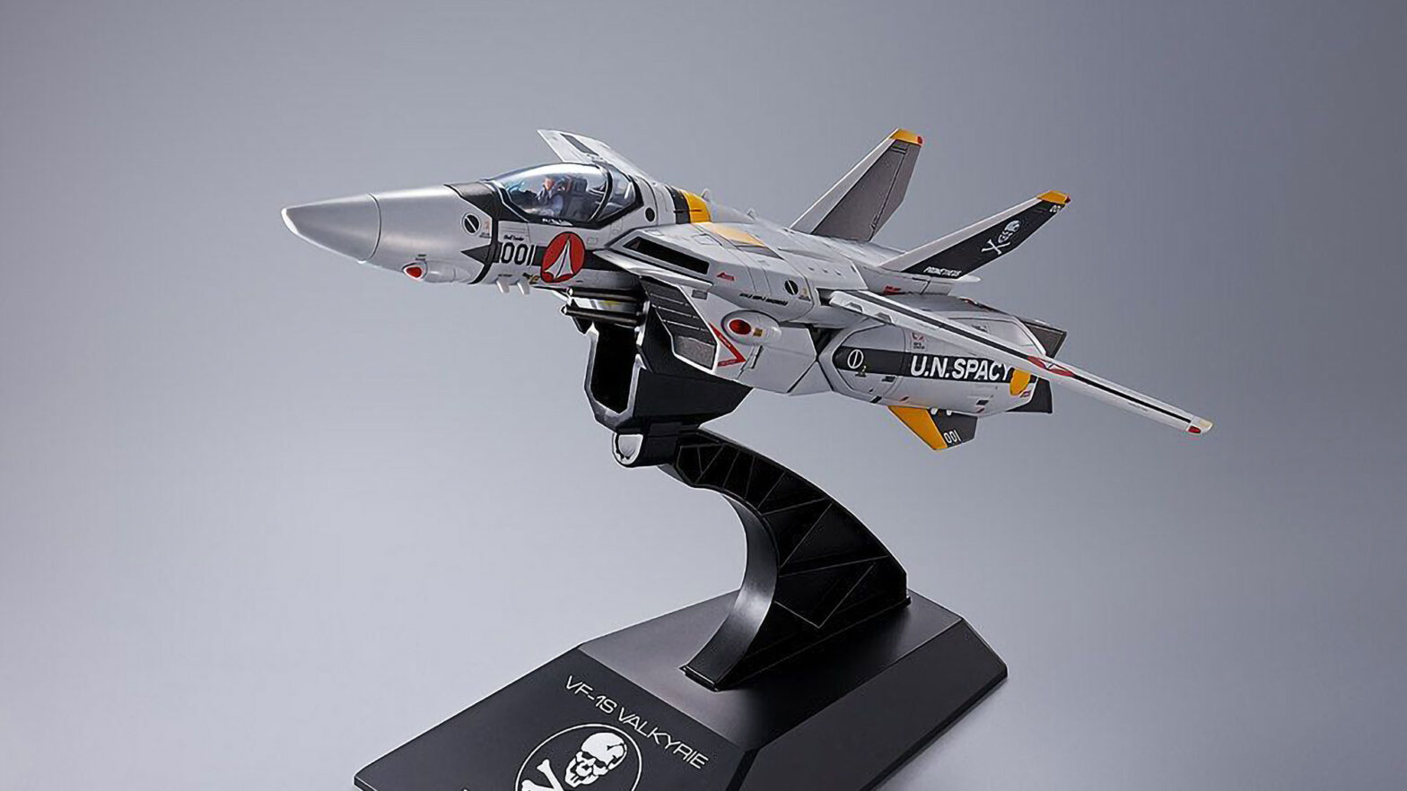 DX Chogokin First Ltd Ed VF-1S Valkyrie Roy Focker Special