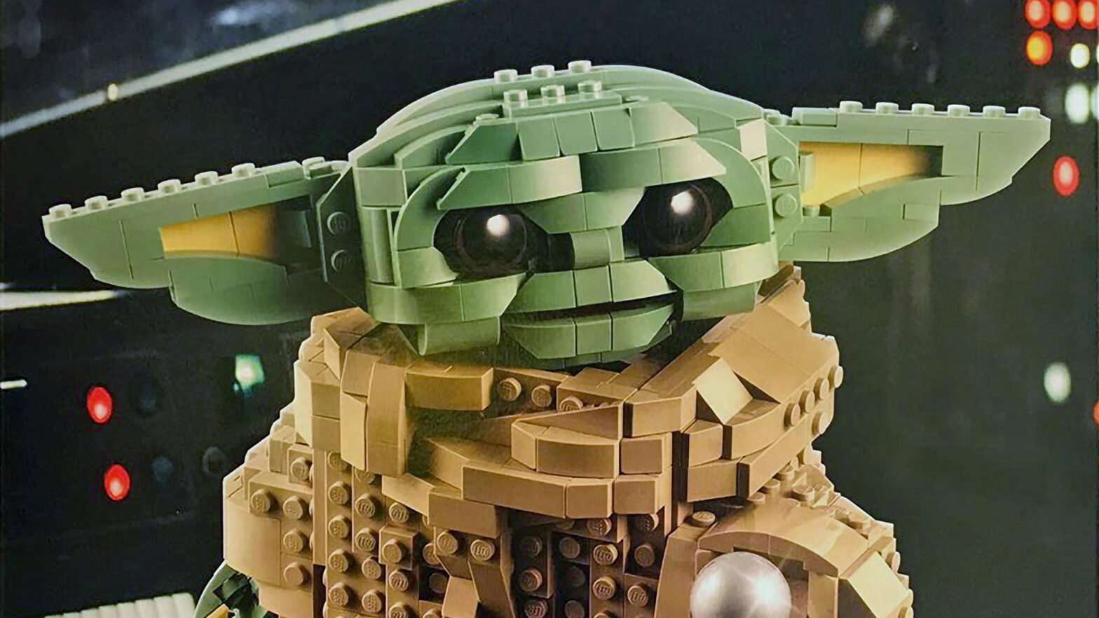 LEGO 75318 Baby Yoda Spotted in the Wild