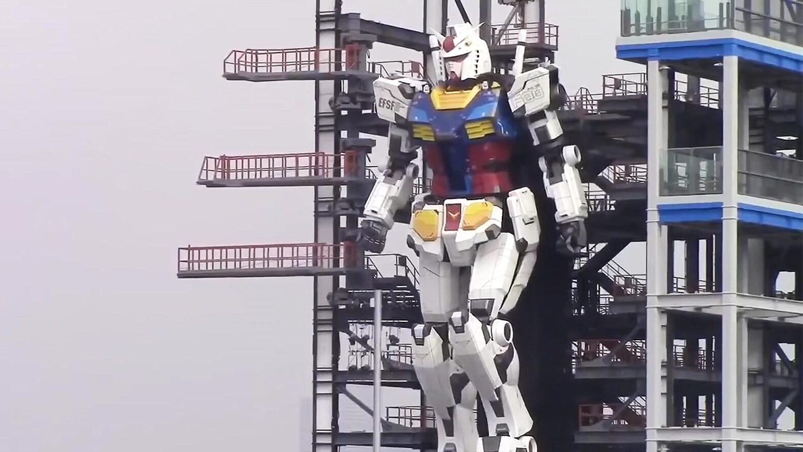 Life Size Gundam Walks And Kneel Down