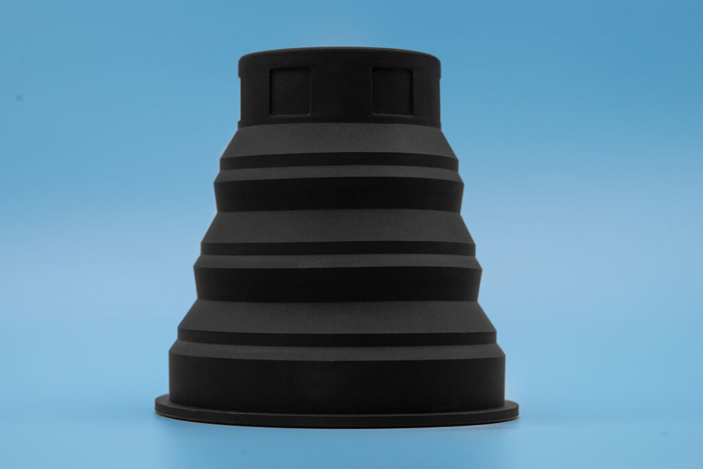 Universal Collapsible Lens Hood by KURVD