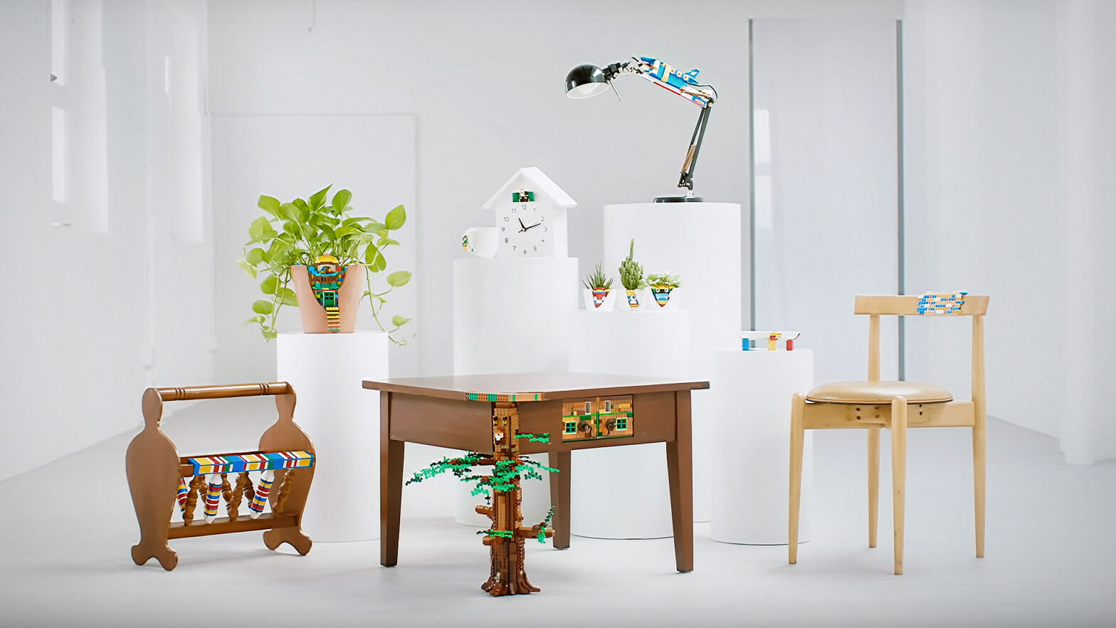 LEGO TSUGI Using LEGO Bricks To Rebuild Broken Furniture
