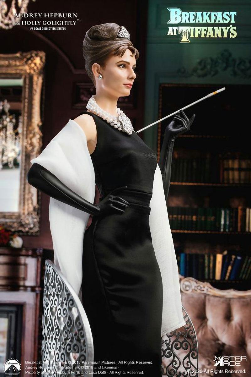 1/4 Scale Audrey Hepburn Statue DX Version