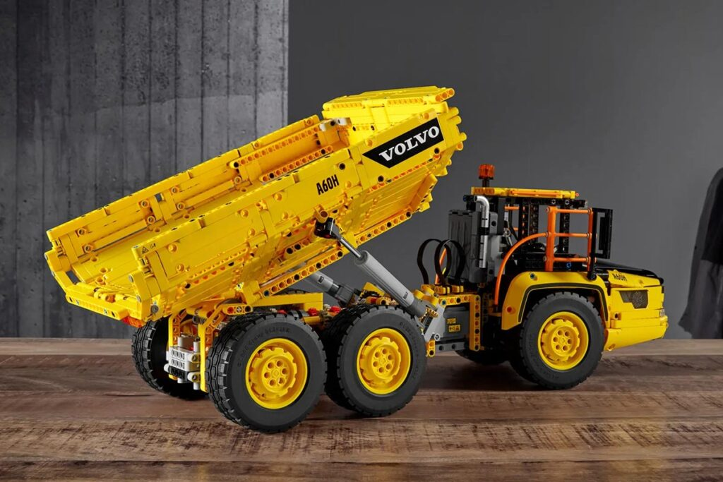 LEGO Technic 42114 5x6 Volvo Articulated Hauler