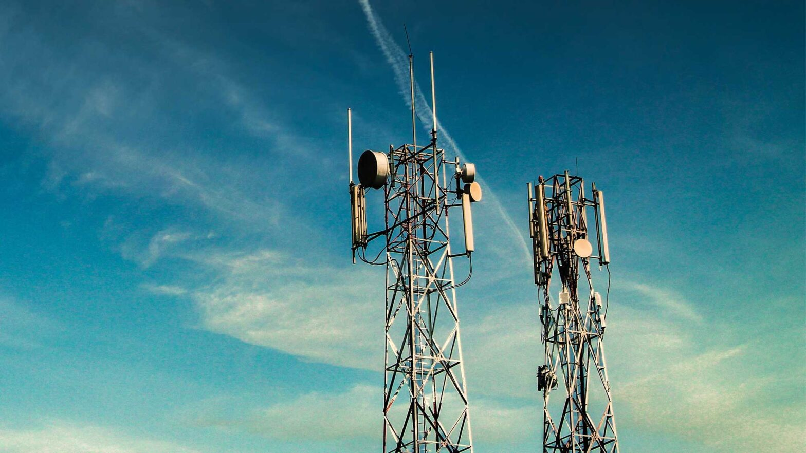 5 Surprising Things That Can Block Your Cell Signal