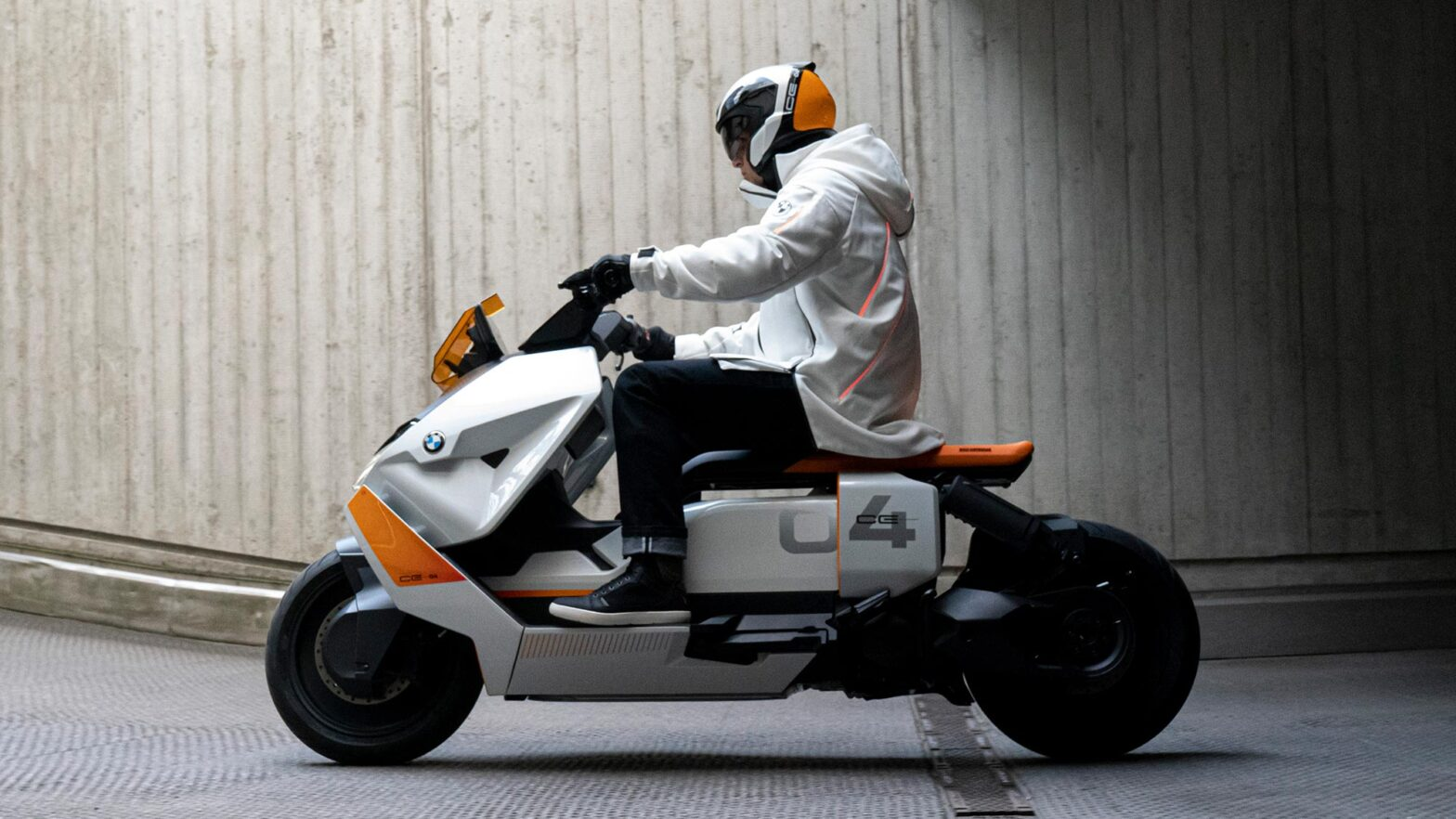 BMW Motorrad Definition CE 04 Electric Maxi-Scooter