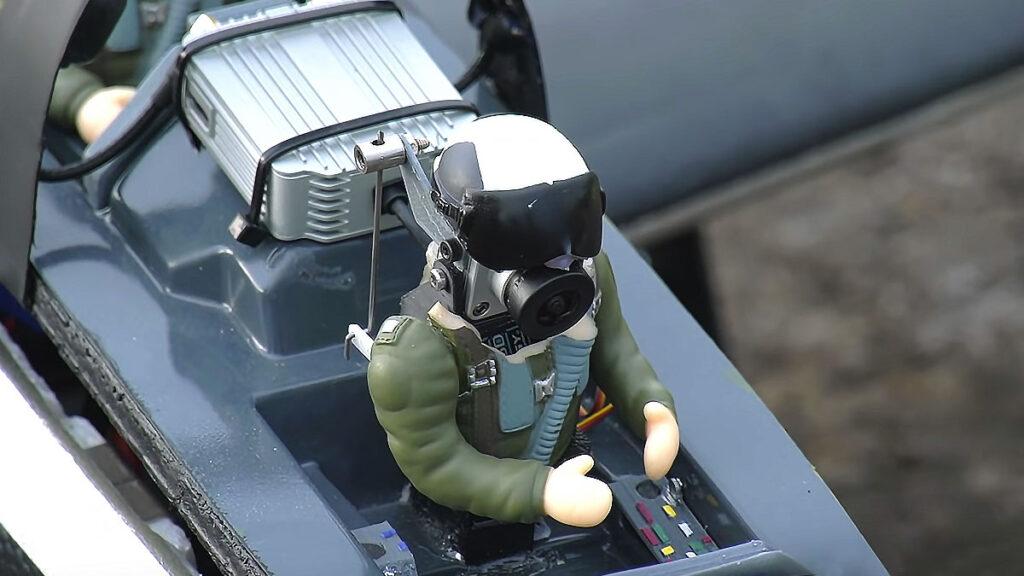 Head Tracked FPV Radio Control Jet Pilot