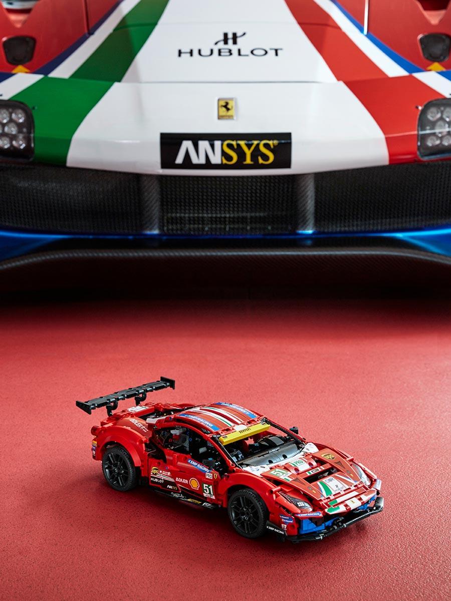 LEGO 42125 Technic Ferrari 488 GTE AF Corse #51