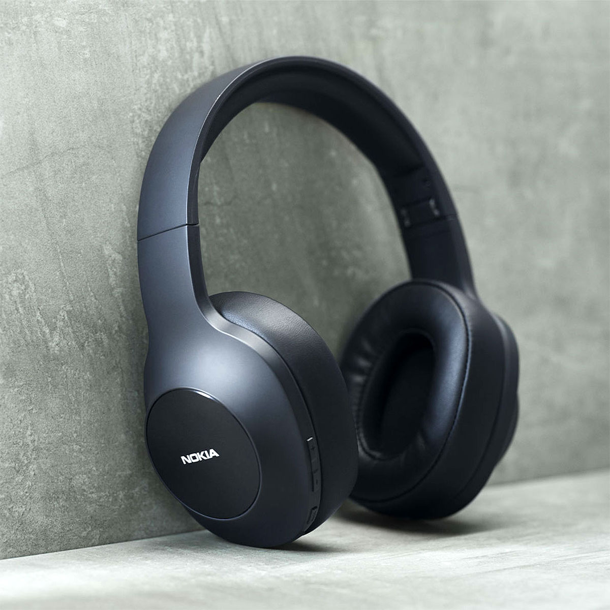 Nokia Essential Wireless Headphones