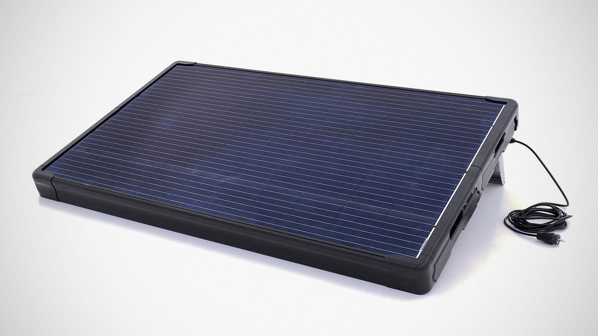 Supersola Plug & Play Solar System by Studio Mango