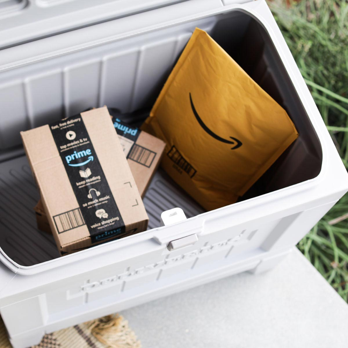 Yale Smart Delivery Box for Home