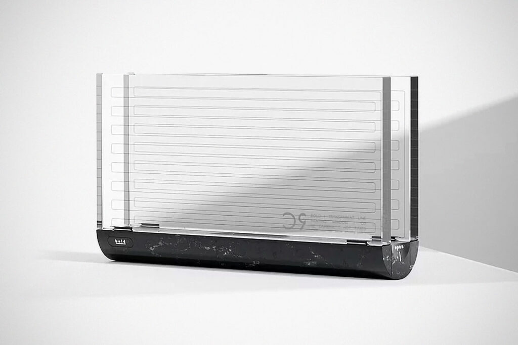 Bold Transparent Toaster by HOLO Design