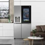 New LG InstaView Door-in-Door Refrigerators Touts Germ-killing Water Dispenser