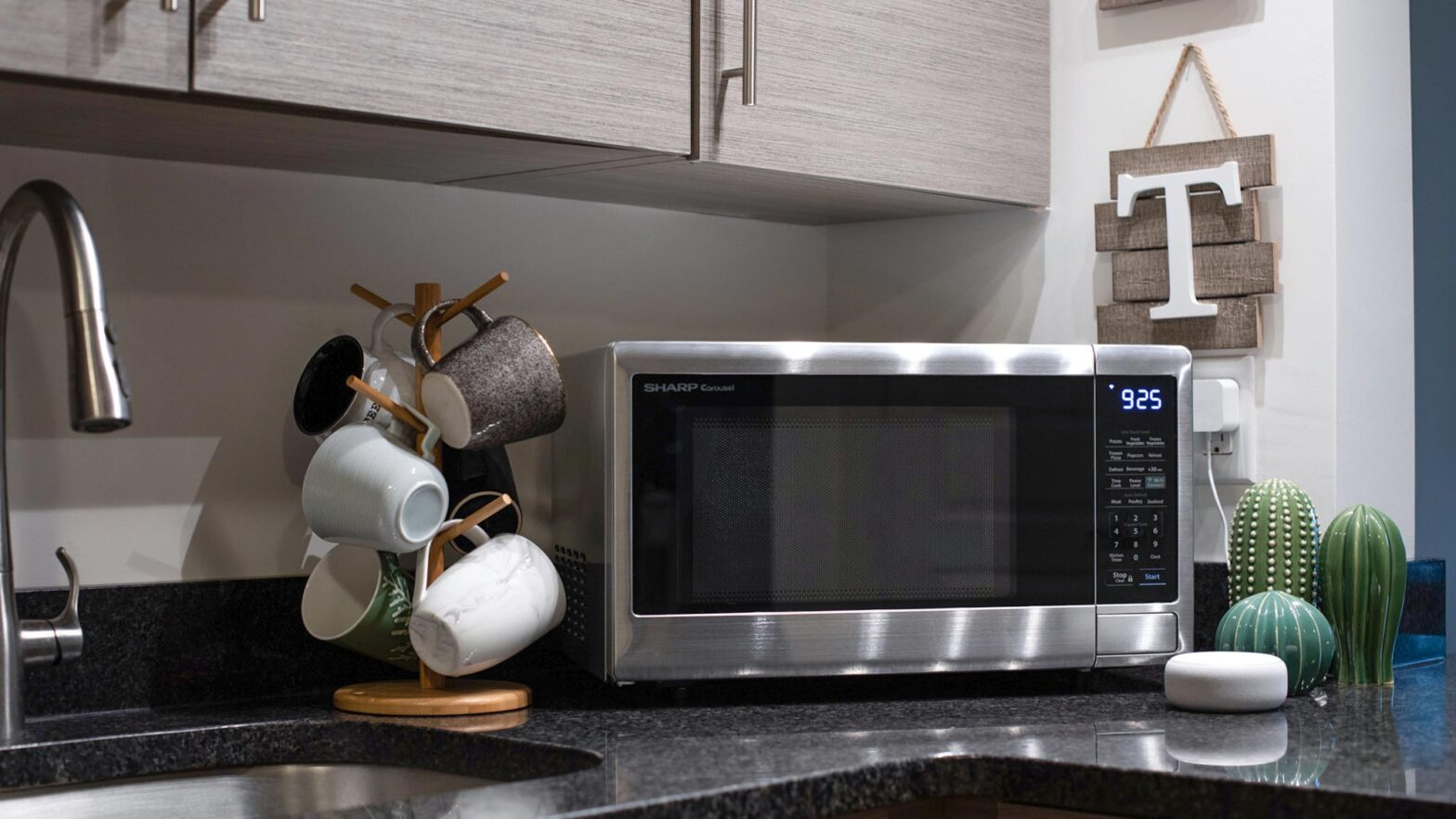 Sharp Smart Carousel Countertop Microwave Ovens