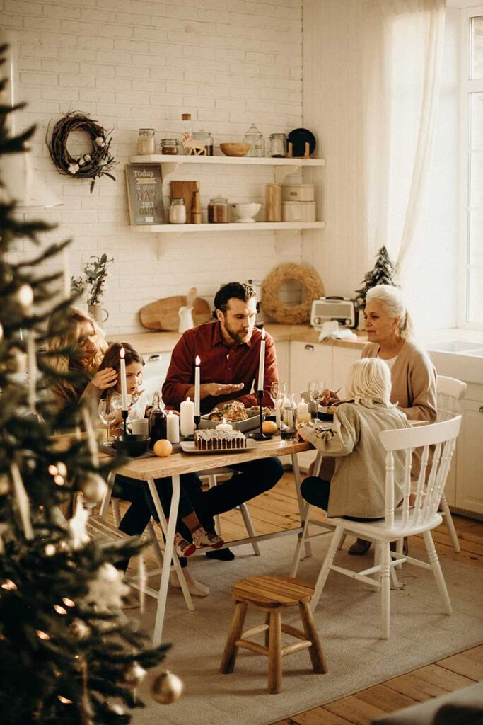 Top Tips To Throw A Lavish Christmas Dinner Party On A Budget