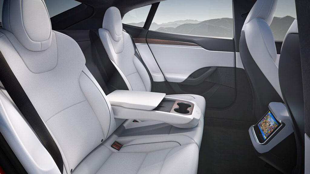 2022 Tesla Model S Electric Vehicle