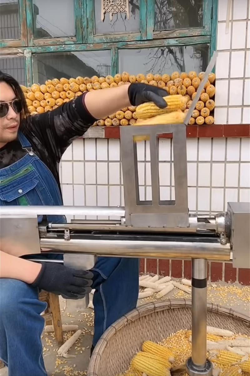 Corn Kernel Removal Tool by Handy Geng