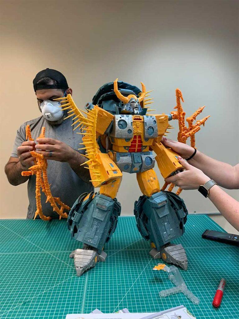 Hasbro Transformers War For Cybertron Unicron Update