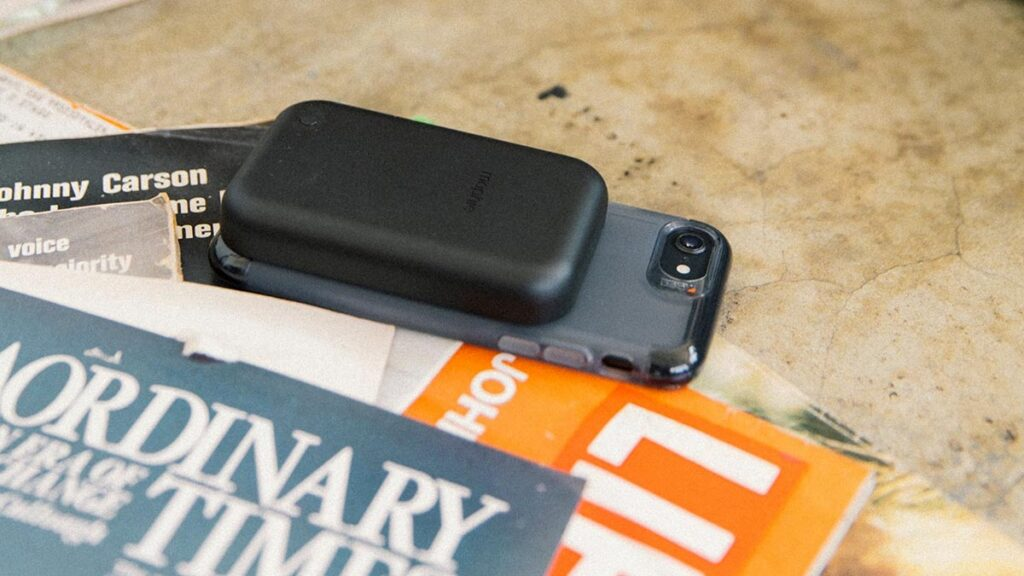 Mophie Juice Pack Connect Power Bank