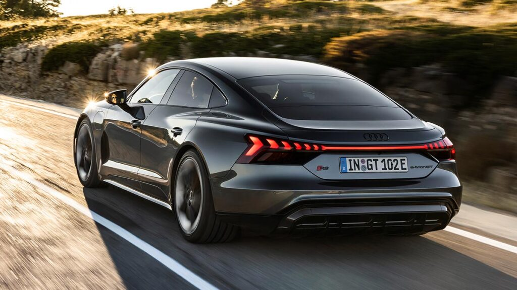 2022 Audi e-tron GT and RS e-tron GT EV
