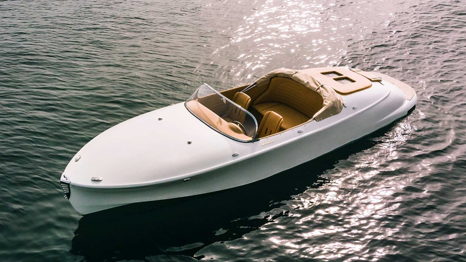 Hermes Speedster Electric Speedboat